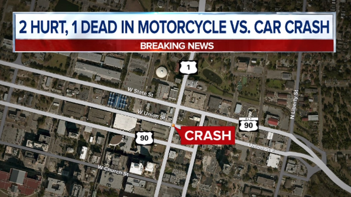 1 killed, 2 injured in crash early Sunday morning in Downtown Jacksonville