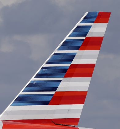 Miami to Chicago flight diverted to Jacksonville International Airport