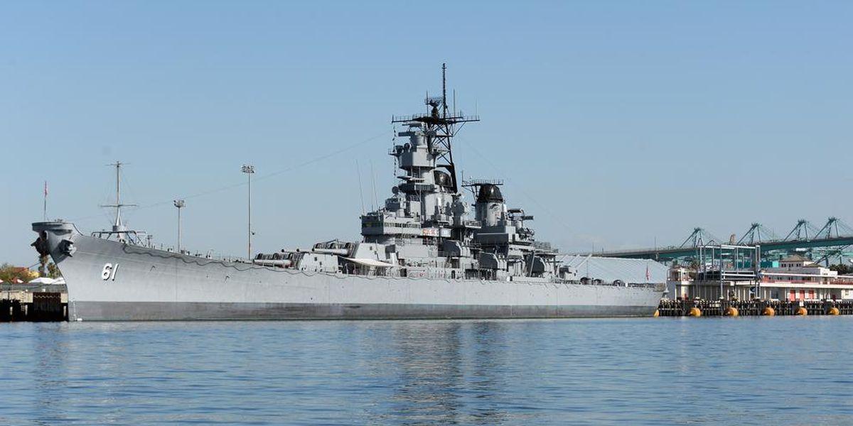 Mississippi sorority hosts 'last dance' for WWII Navy veteran