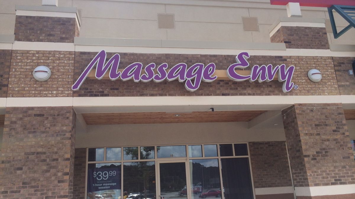 Woman allegedly fondled at Massage Envy