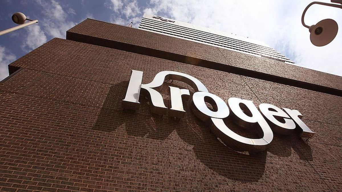 "Coronavirus: Kroger replacing hourly ""hero"" pay bump with $130M in one-time employee bonuses"