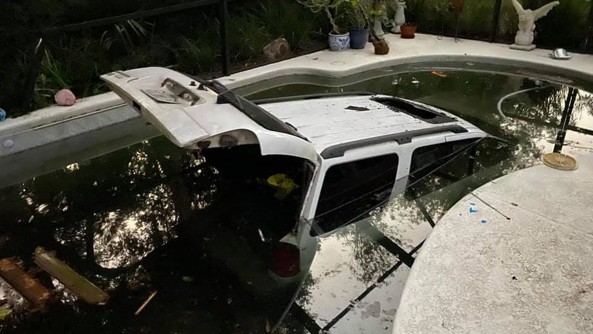 15-year-old drove SUV into homeowner's pool, according to Nassau Co. Sheriff's Office