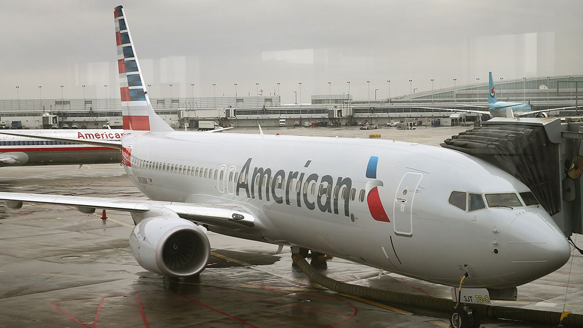 American Airlines to ask travelers to submit COVID-19 health questionnaire at check-in