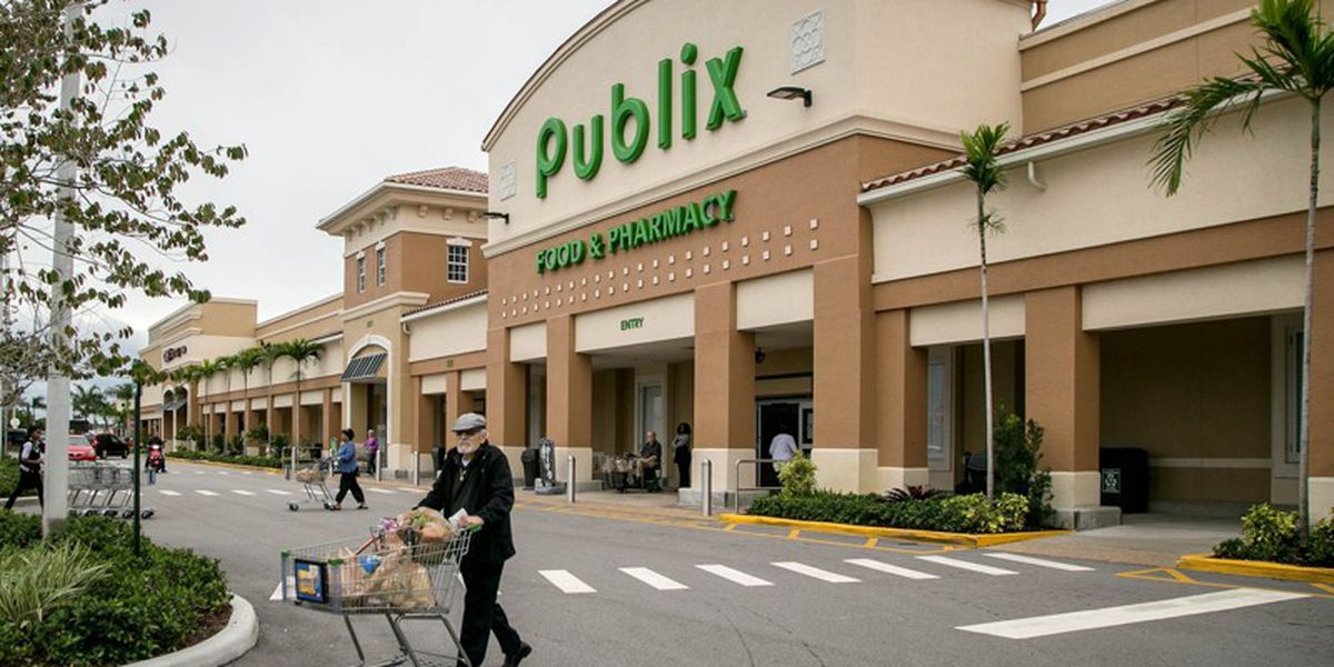 Florida woman dies while loading groceries in Publix parking lot