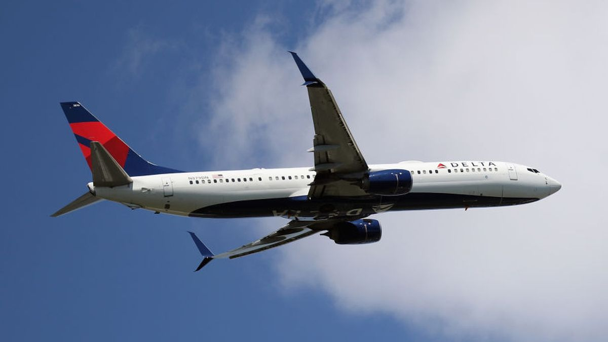 Delta laying off more than 800 contractors amid coronavirus pandemic
